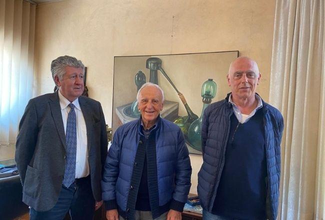 Al centro il dr Pisi Giuseppe , Guru dello Strategic Management con Bicego a sinistra e il dr Rossato a destra.